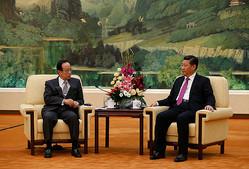 4月6日、福田元首相は習近平主席と会談し、日本がAIIBに参加賛成を表明.jpg
