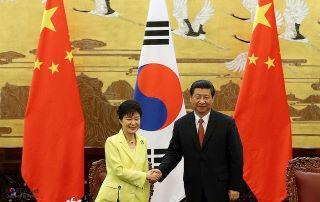 ○3月20日朴クネ大統領、習近平主席と会談し、AIIBに参加を表明.jpg
